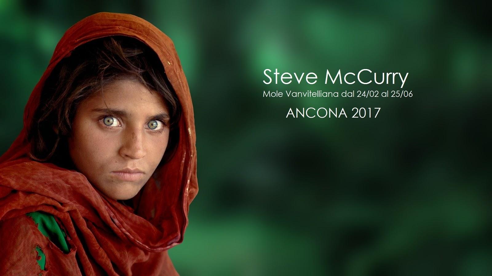 La mole Vanvitelliana e la mostra di Steve McCurry